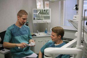 5 ohjetta - Estä hampaiden reikiintyminen
